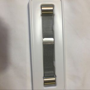 Accessories - 🖤Milanese Loop Band For Fitbit Charge 2